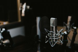 What You need for setting up a home recording studio for voice-overs in 2017