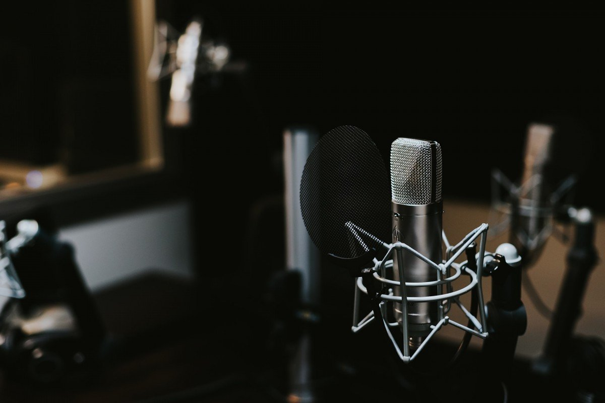 Pleasant What Youll Need For Setting Up A Home Recording Studio For Voice Largest Home Design Picture Inspirations Pitcheantrous